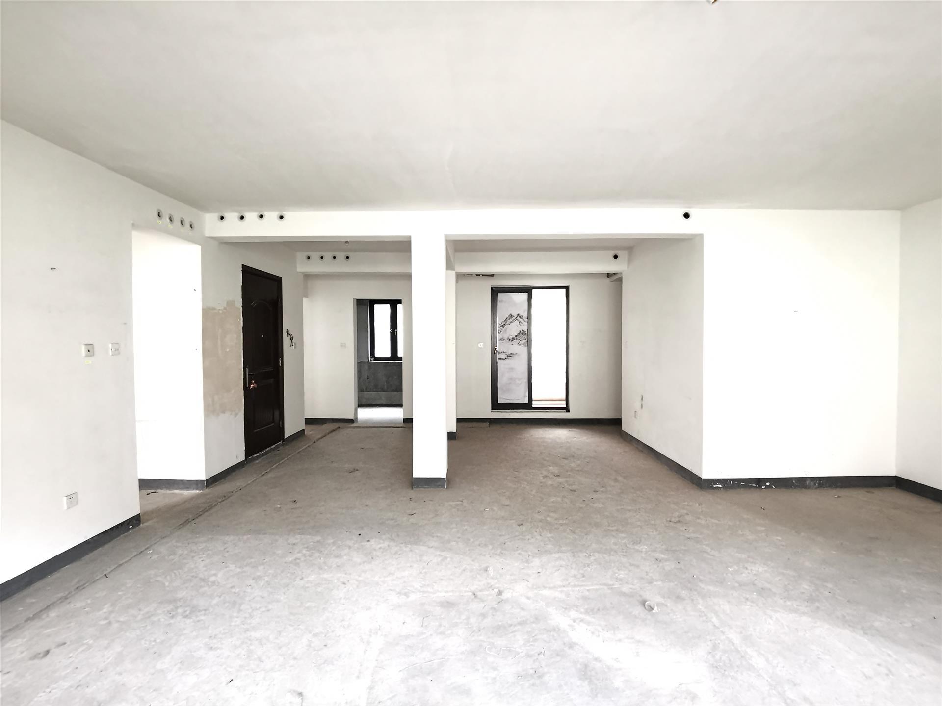 龙湖九墅(悦诚源筑)4室2厅