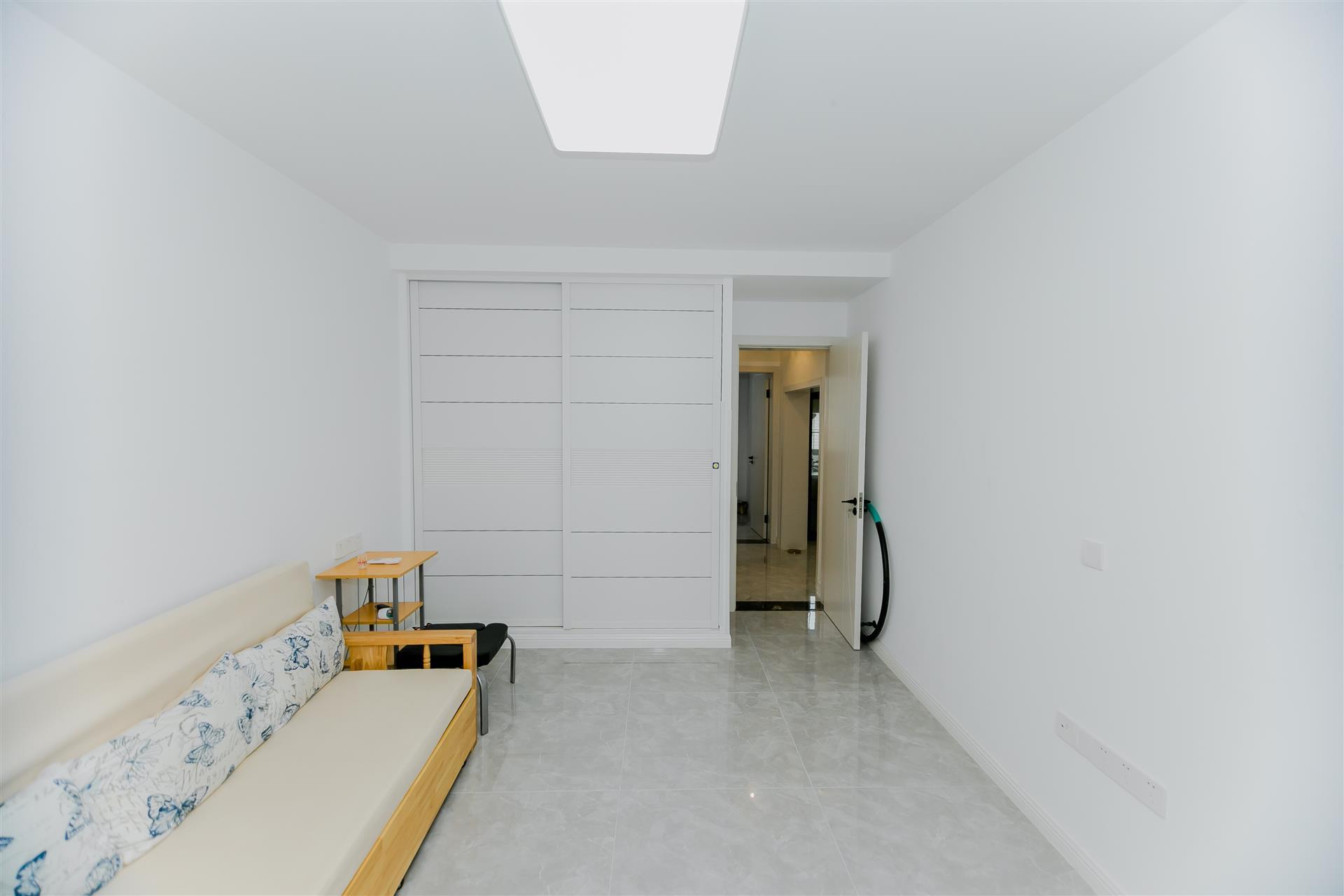清扬新村2室2厅