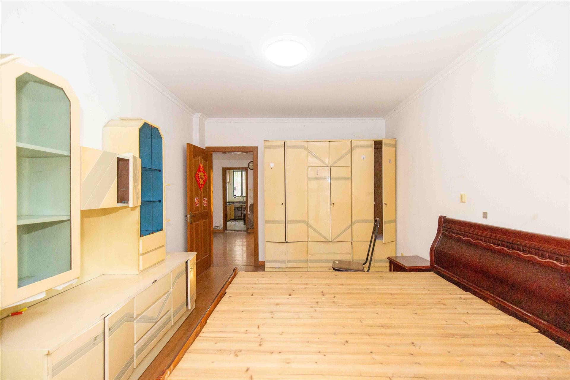 大箕山家园1室2厅