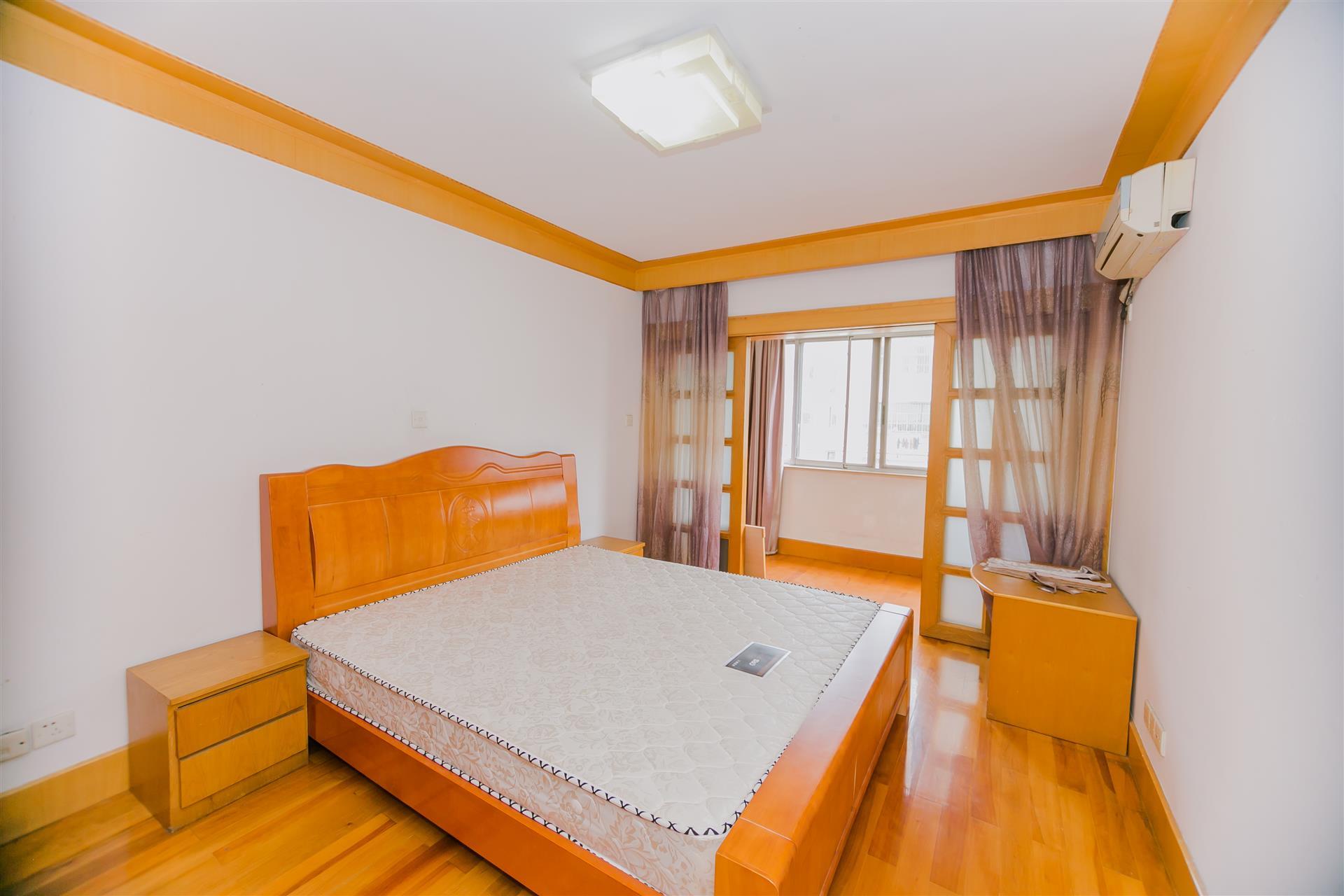 沁园新村2室2厅
