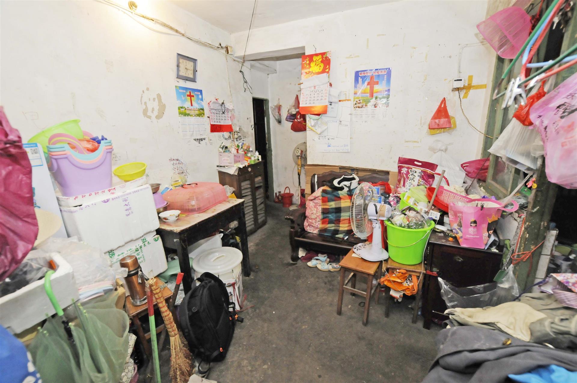 刘潭三村2室1厅