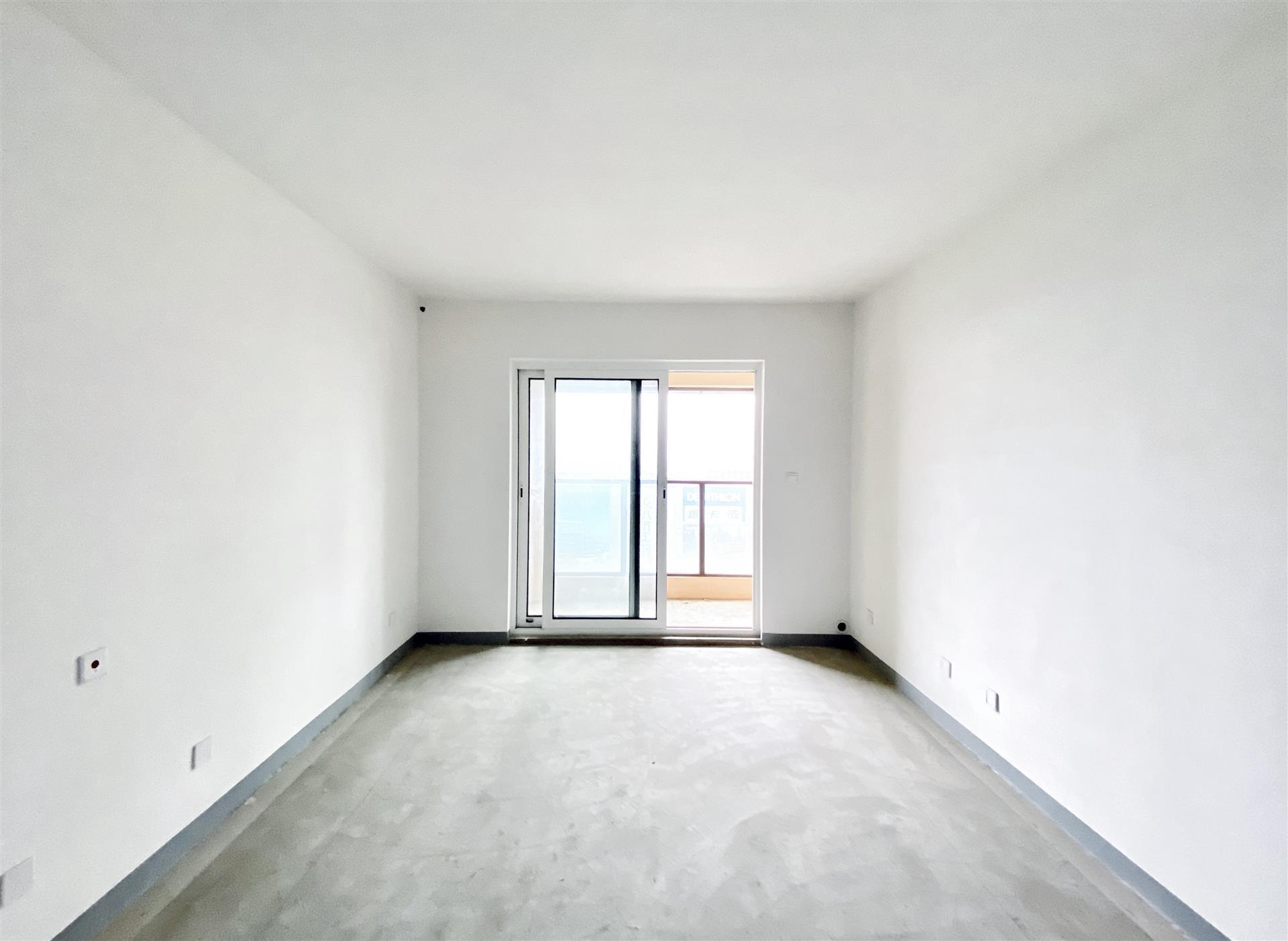 瑷颐湾3室2厅