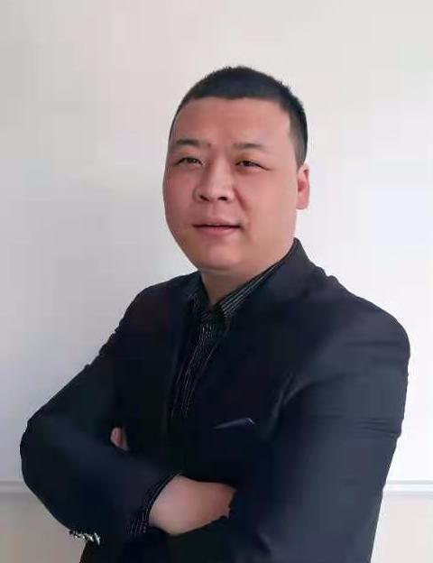 无锡二手房经纪人华涛